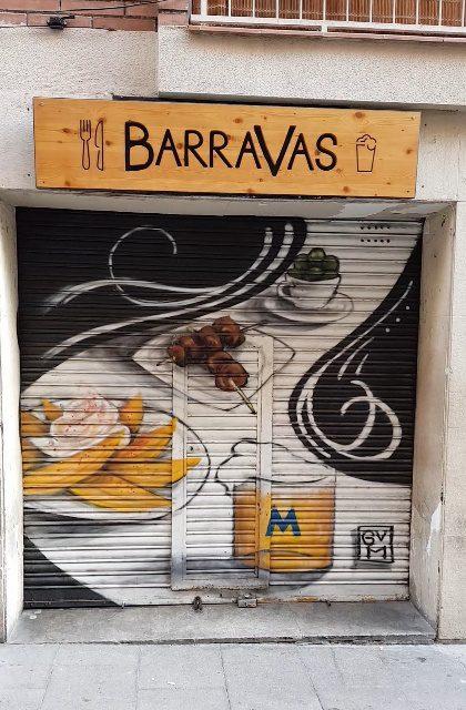 barravas patatas bravas barcelona restaurantes alioli salsas